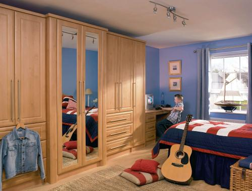 ashford_celtic_birch_fitted_bedroom_furniture